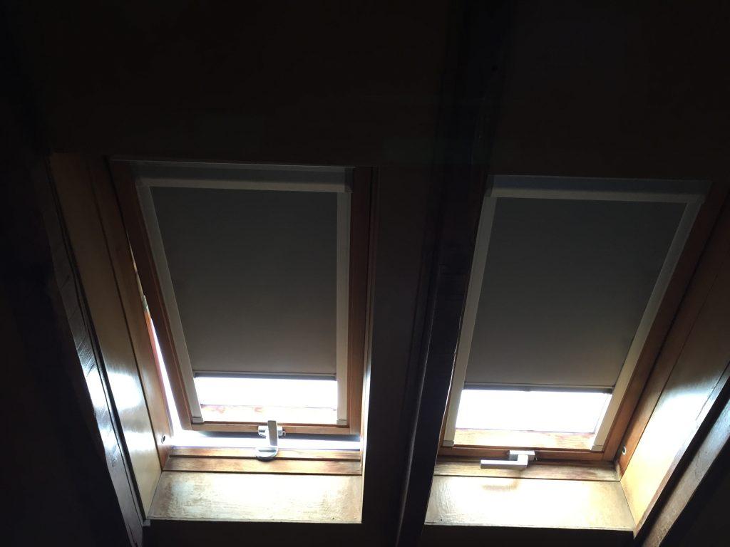 Enrollable buhardilla cortinas baratas madrid for Cortinas baratas madrid